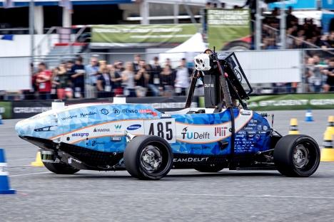 El equipo de la Universidad Tecnológica de MIT-Delft ocupa el tercer lugar en la competencia no tripulada Formula Student Germany