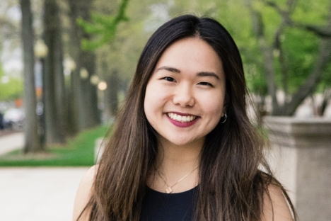 Conozca a los bilingües del MIT: Claudia Chen & # 39; 20 combina campos creativos, humanísticos y técnicos