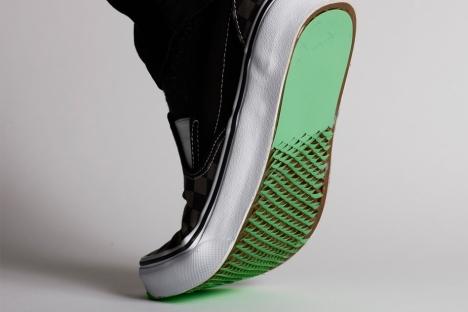 Los revestimientos para la parte inferior de los zapatos podrían mejorar la tracción en superficies resbaladizas.