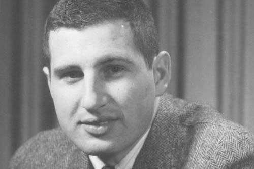 El profesor emérito Ernest Cravalho, experto en termodinámica y pionero en la educación de fluidos térmicos, muere a los 82 años | Noticias del MIT